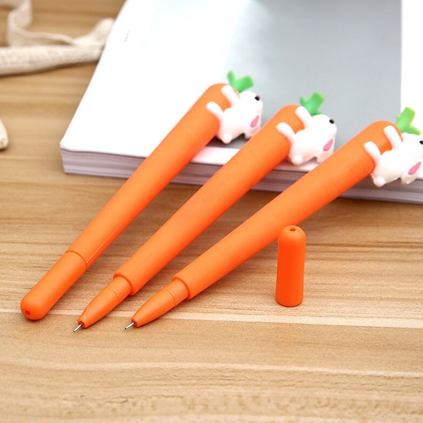 Carrot Pen With Rabbiit